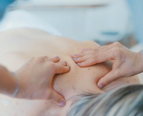 massage-upper-back